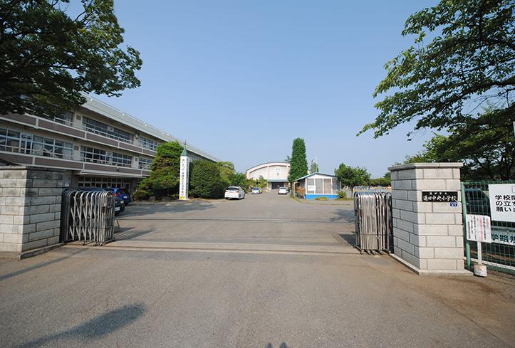 蓮田中央小学校(徒歩2分)
