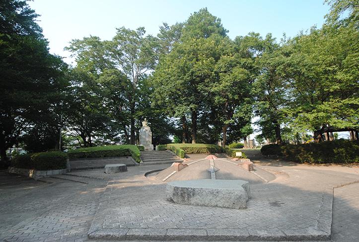 堂山公園(徒歩5分)