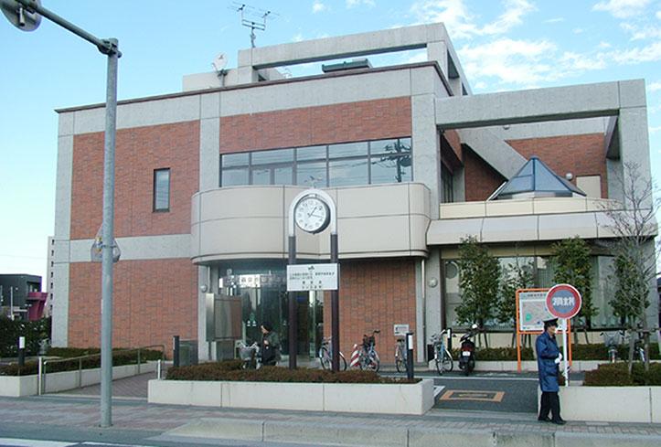 さいたま市立春野図書館(徒歩17分)