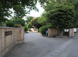 岩槻中学校(徒歩1分)