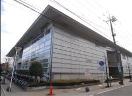 蓮田市図書館(徒歩10分)