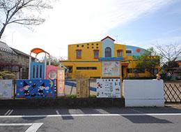 新宿幼稚園(徒歩14分)