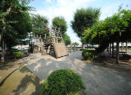 下日出谷第一公園(徒歩9分)