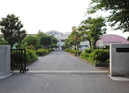 桶川中学校(徒歩11分)